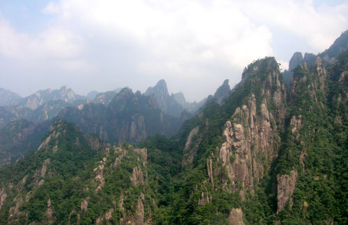 Huangshan in the mist